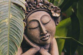 Schlafende Buddha-Statue