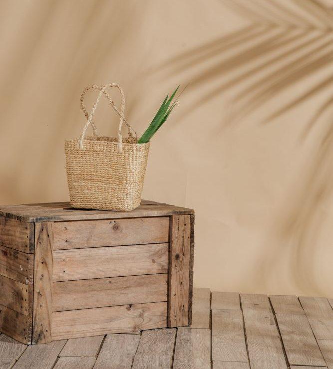 Einrichtungsgegenstände aus natürlichen Materialien