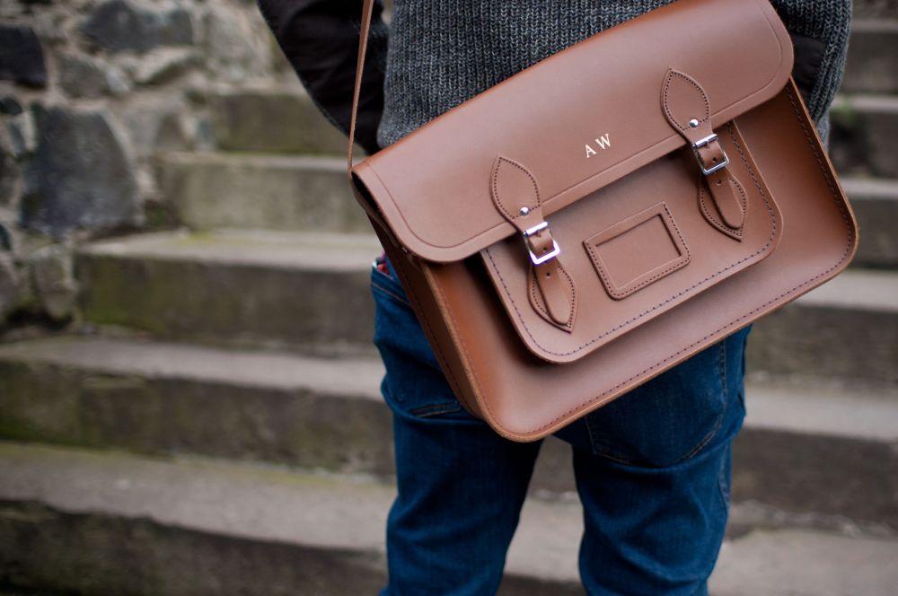Tasche mit Monogramm